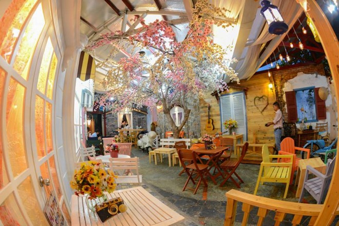 Prostudio Café auf Vo Thi Sau Straße im Bezirk 3
