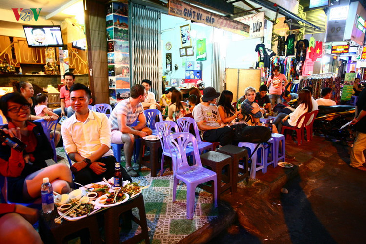 Street of Foreigners in Pham Ngu Lao Ward